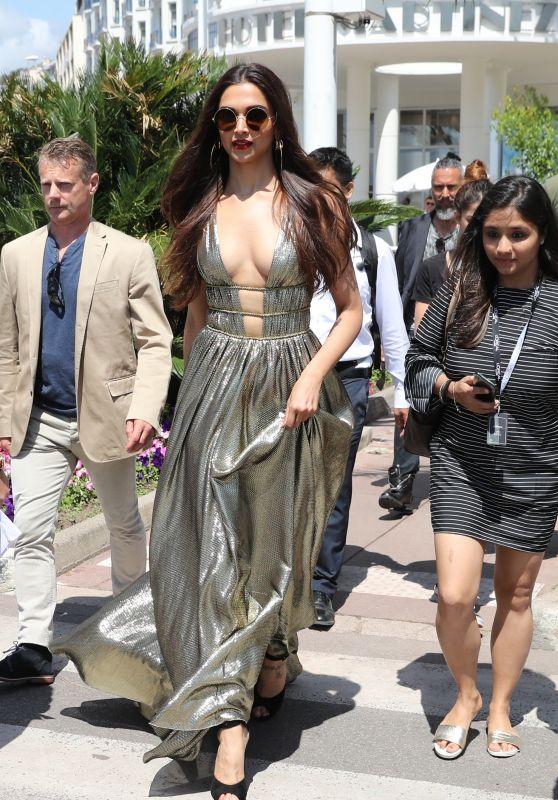 Deepika Padukone at Martinez Hotel in Cannes 05/11/2018