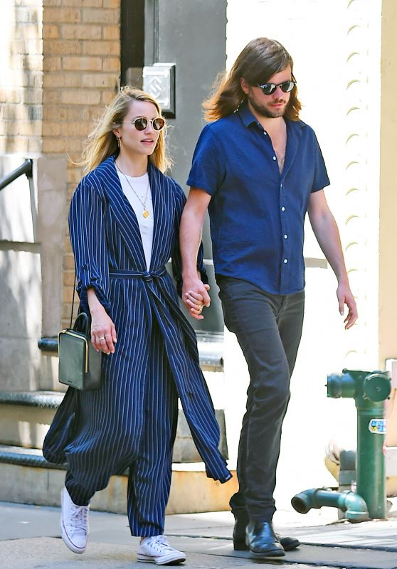 Dianna Agron and Her Husband Winston Marshall Stroll in SoHo, New York 05/23/2018