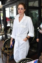 Doutzen Kroes in a White Boiler Suit in Cannes 05/14/2018