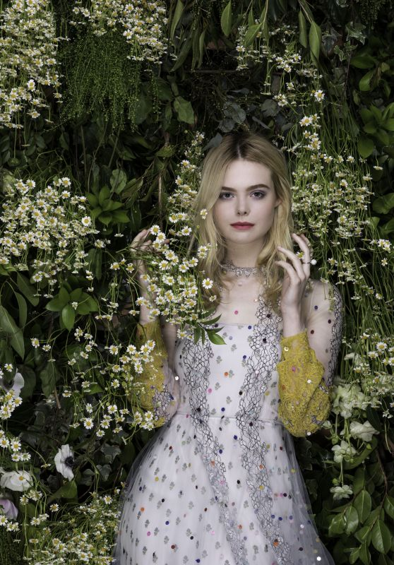 Elle Fanning - Vanity Fair Magazine Italy June 2018