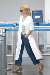 Emilia Clarke - Departs Out of JFK Airport in New York 05/08/2018