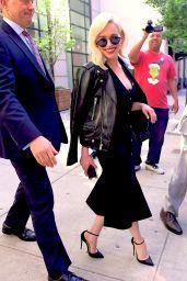 Emilia Clarke - Heads to the Tonight Show in NY 05/21/2018
