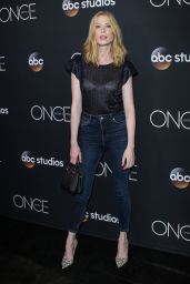 """Emma Booth – """"Once Upon A Time"""" Finale Screening in LA 05/08/2018"""