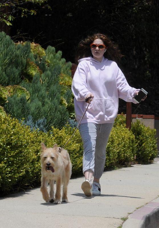 Emma Kenney - Walking Her Dog in Los Angeles 05/27/2018