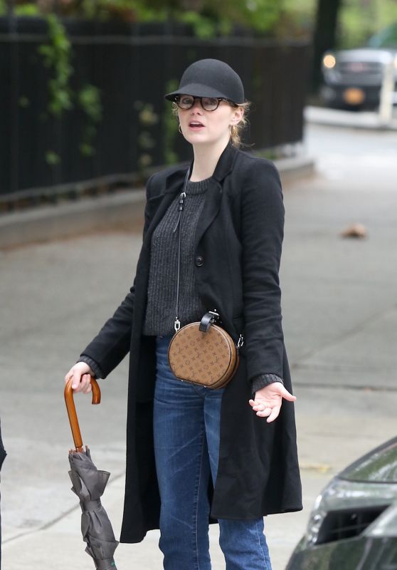 Emma Stone in Casual Outfit - West Village, New York 05/13/2018