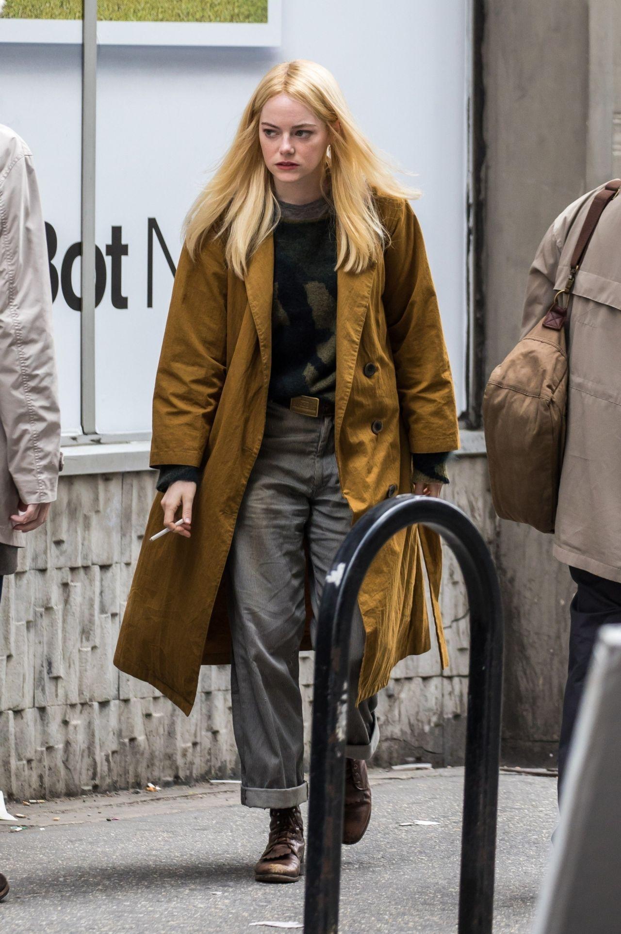 Emma Stone - -2473