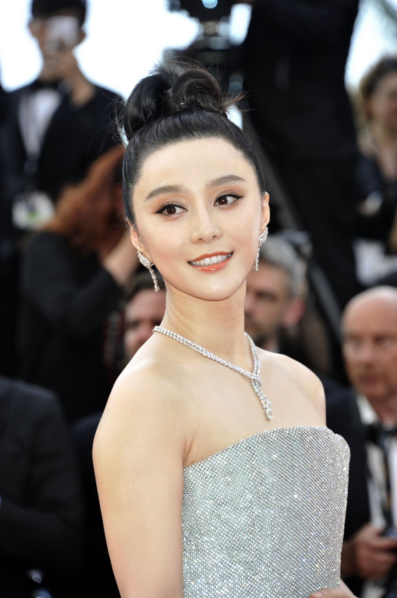 """Fan Bingbing – """"Everybody Knows"""" Premiere and Cannes Film ..."""