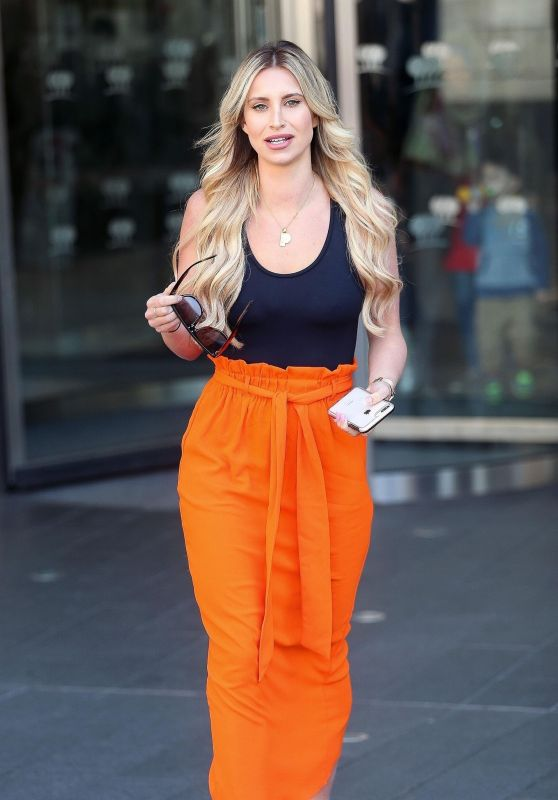 """Ferne McCann - Promoting """"First Time Mum"""" TV Show in London"""