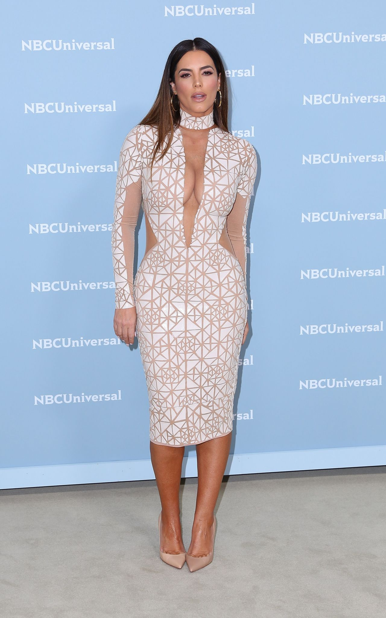 Gaby Espino 2018 Nbcuniversal Upfront In Nyc