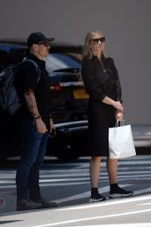 Gwyneth Paltrow - Shopping on Madison Avenue in New York 05/23/2018