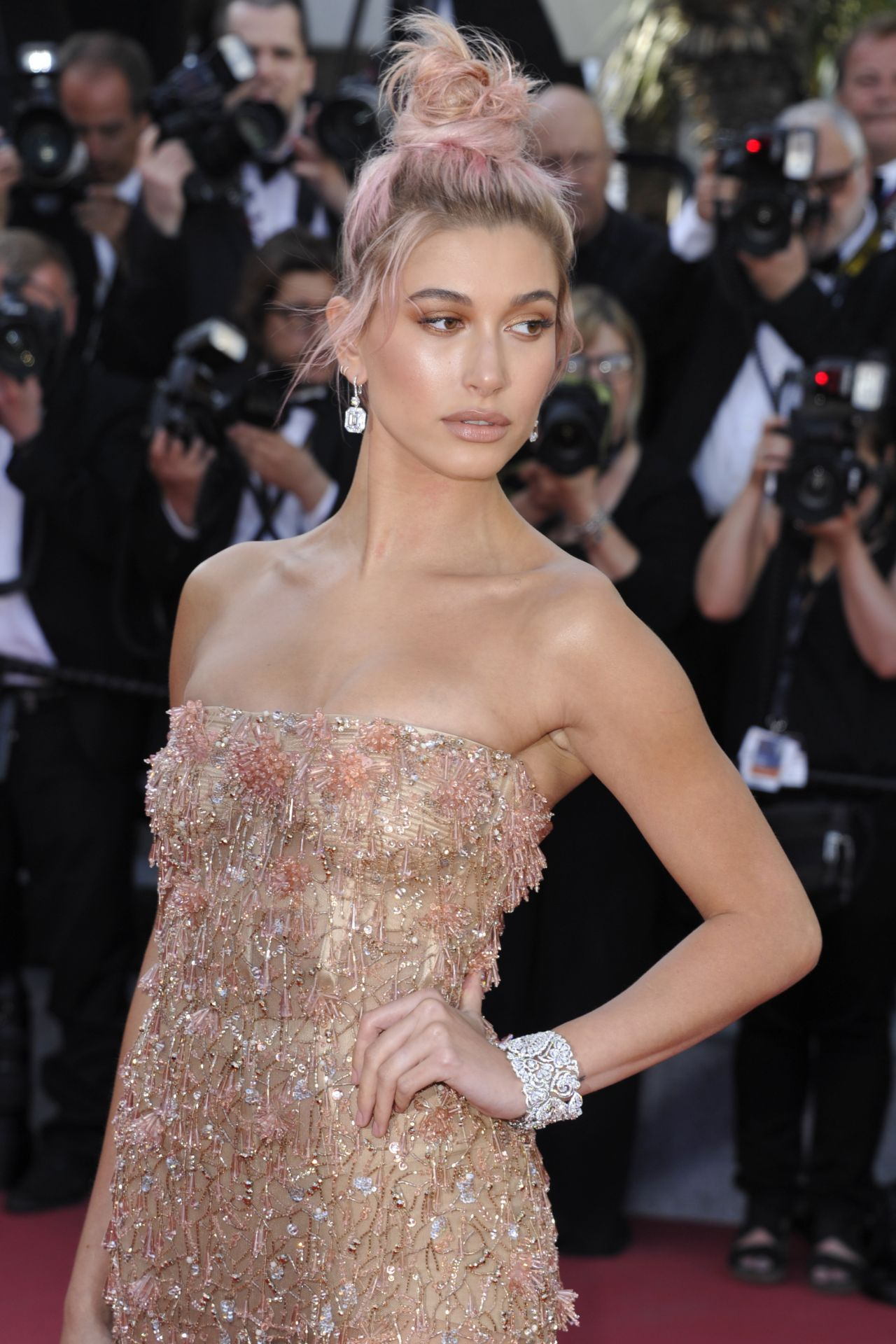Hailey Baldwin Girls Of The Sun Premiere At Cannes