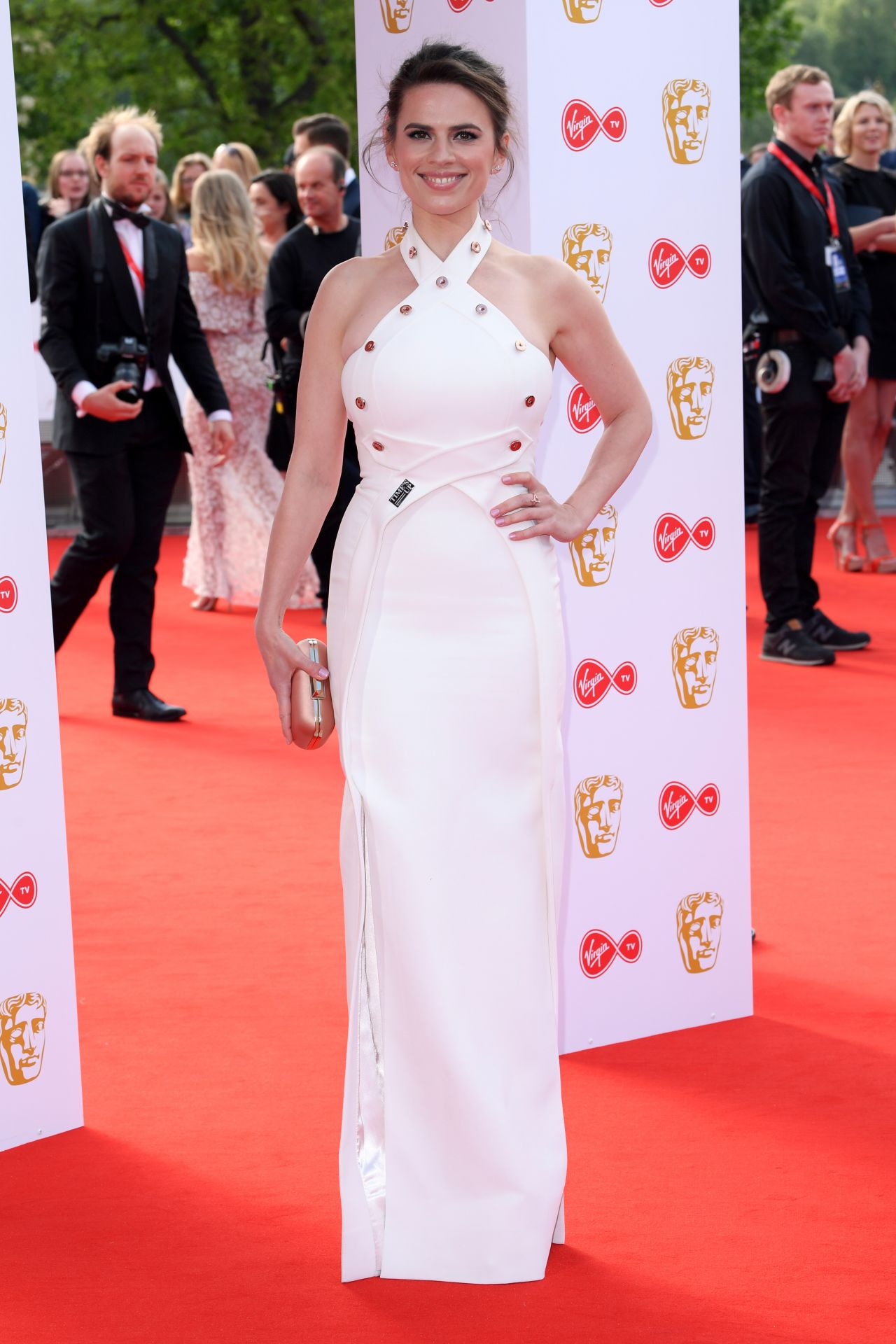 http://celebmafia.com/wp-content/uploads/2018/05/hayley-atwell-bafta-tv-awards-2018-in-london-3.jpg