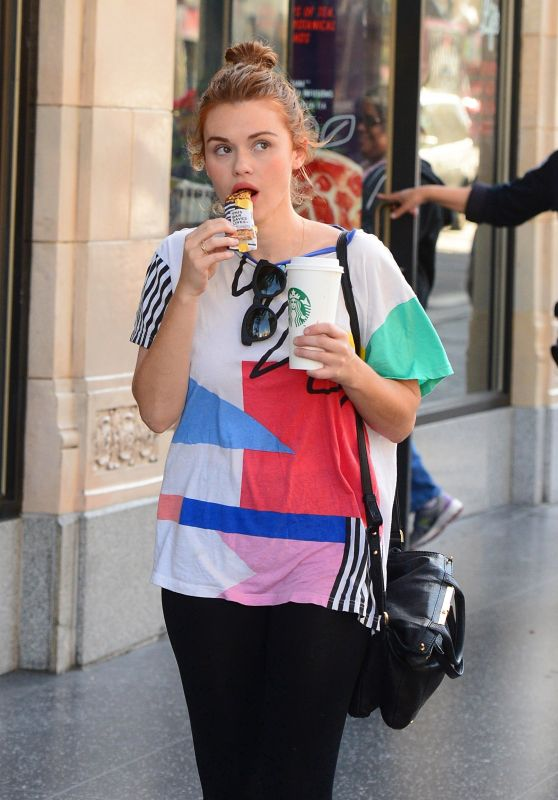 Holland Roden - Stops by Starbucks in Hollywood 05/04/2018