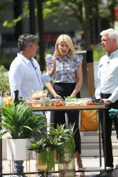 Holly Willoughby and Phillip Schofield at the ITV Studios in London 05/09/2018