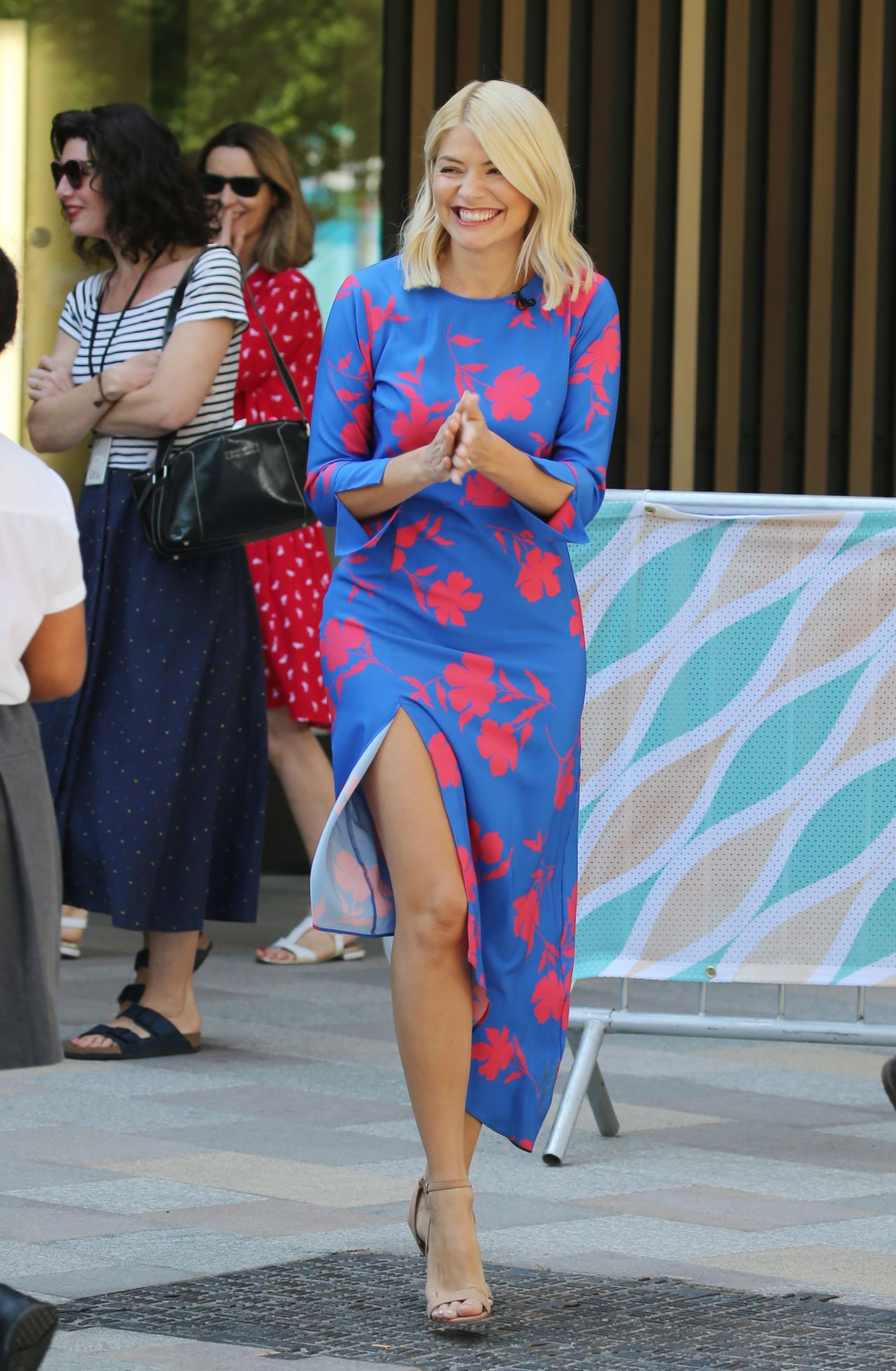 a8fc9707408 Holly Willoughby - Filming Outside ITV Studios in London 05 08 2018
