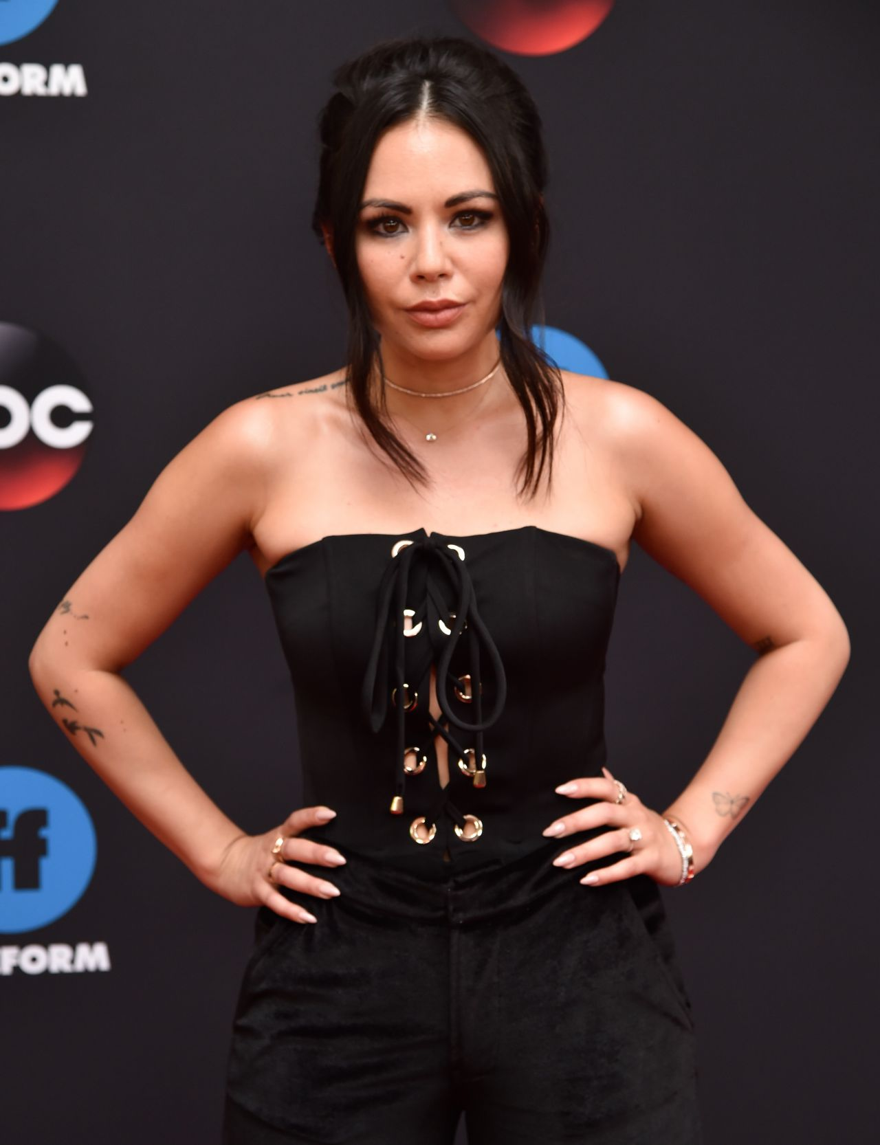 http://celebmafia.com/wp-content/uploads/2018/05/janel-parrish-2018-disney-abc-upfront-presentation-in-new-york-1.jpg
