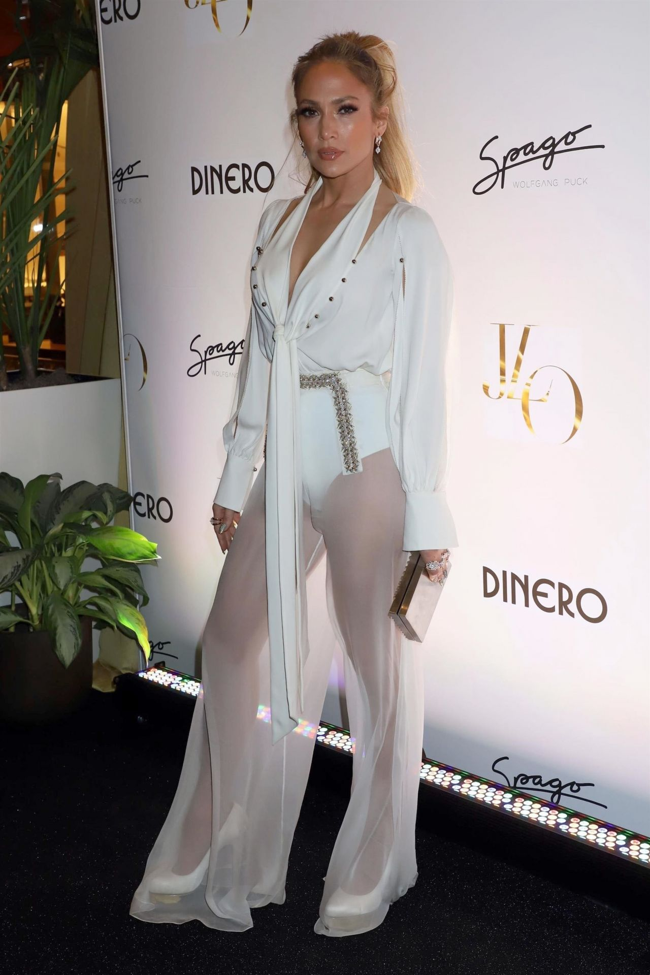 http://celebmafia.com/wp-content/uploads/2018/05/jennifer-lopez-celebrates-release-of-new-single-dinero-in-las-vegas-0.jpg
