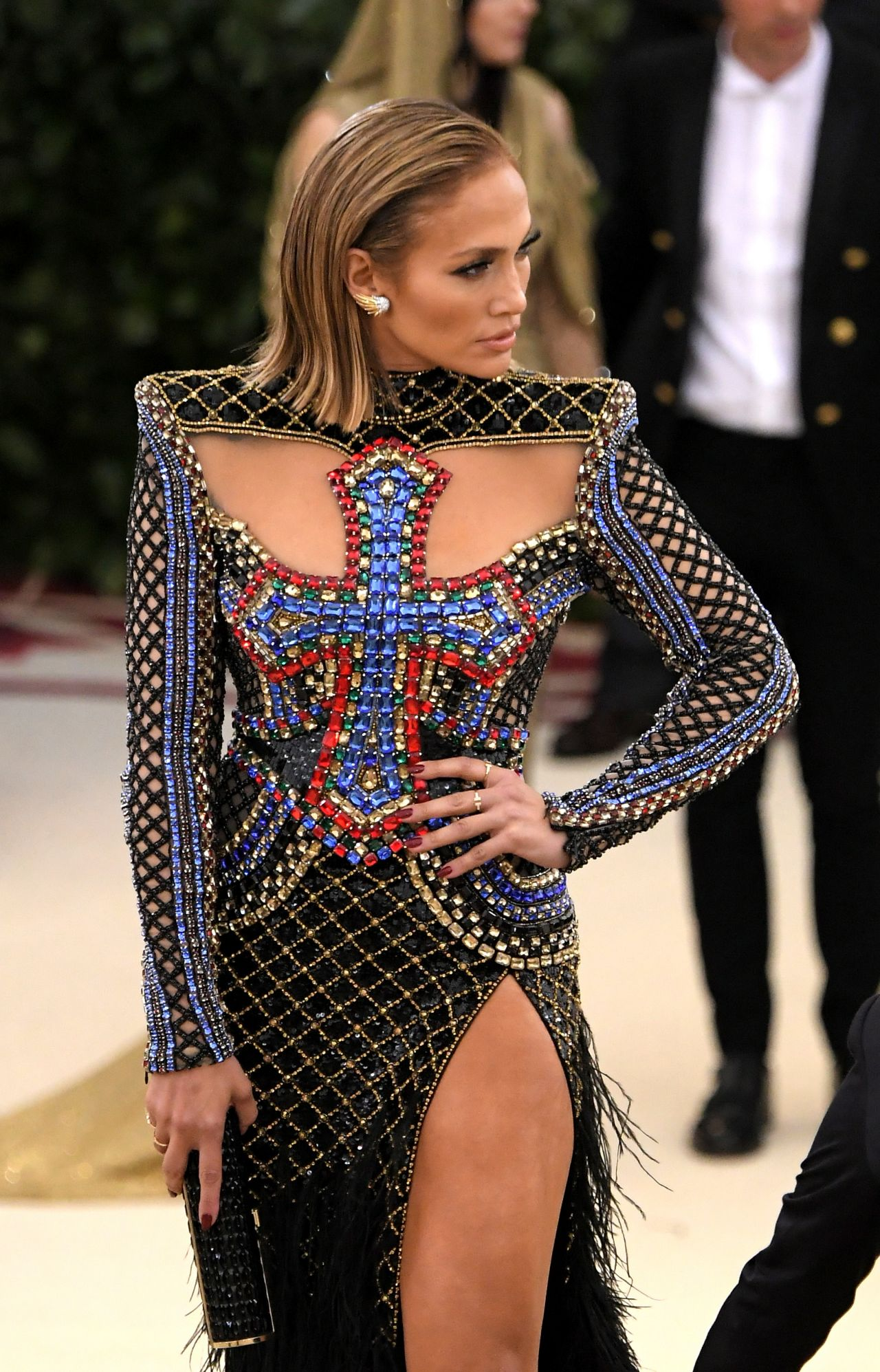 May Calendar Los Angeles : Jennifer lopez met gala