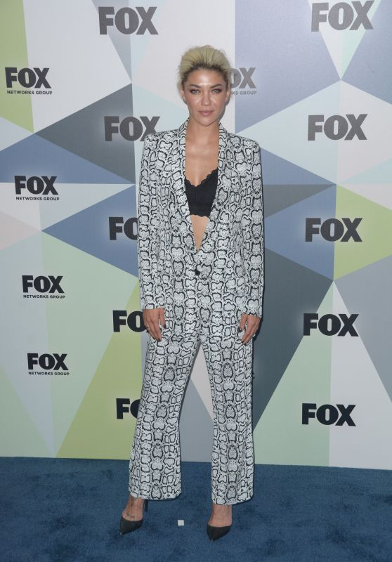 Jessica Szohr – 2018 Fox Network Upfront in NYC