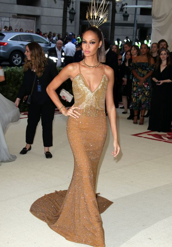 Joan Smalls – MET Gala 2018