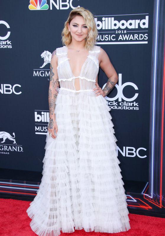 Julia Michaels - 2018 Billboard Music Awards in Las Vegas