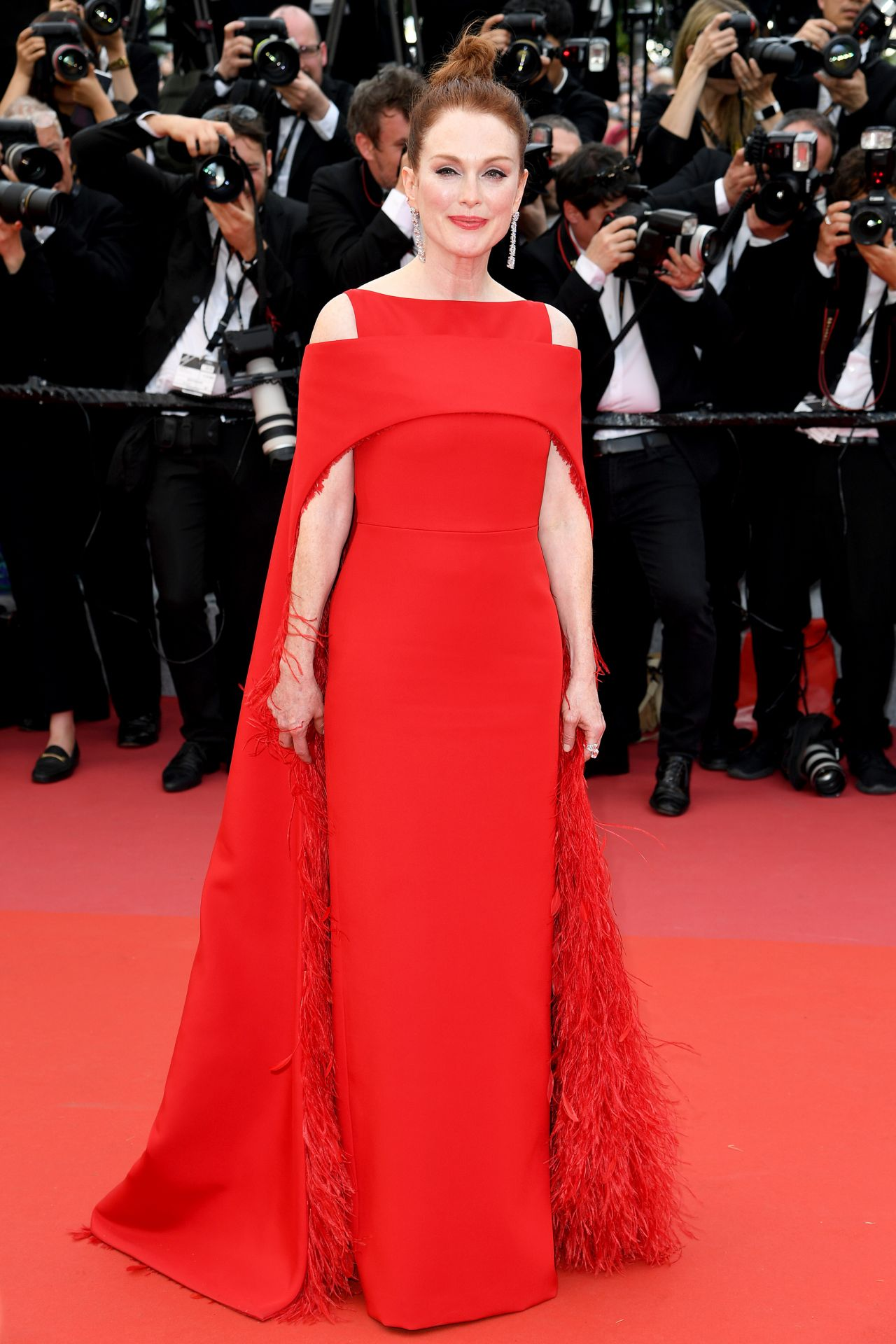 julianne moore � �everybody knows� premiere and cannes