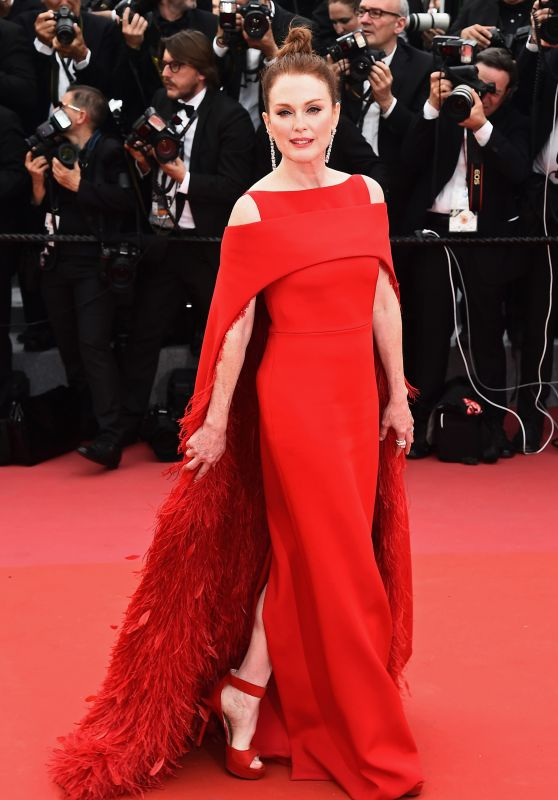 """Julianne Moore – """"Everybody Knows"""" Premiere and Cannes Film Festival 2018 Opening Ceremony"""
