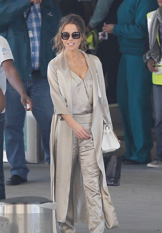 """Kate Beckinsale - Filming """"The Widow"""" in Cape Town 05/16/2018"""