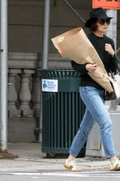 Katie Holmes - With a Bouquet of Flowers - Out in New York 05/18/2018