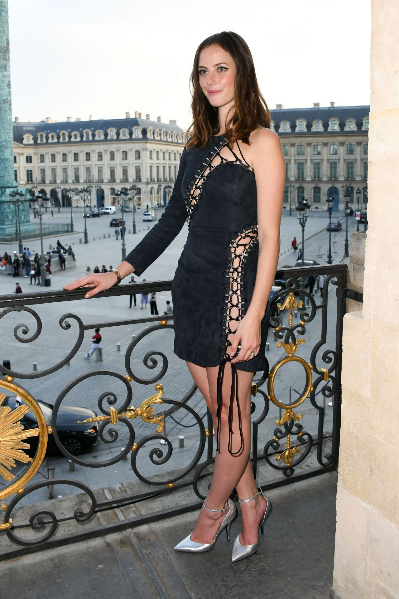 http://celebmafia.com/wp-content/uploads/2018/05/kaya-scodelario-karl-lagerfeld-modelco.-make-up-line-launch-in-paris-05-15-2018-12.jpg