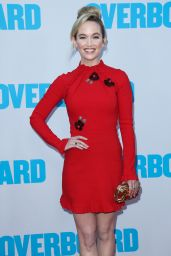 """Kelley Jakle – """"Overboard"""" Premiere in LA"""