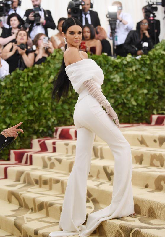 Kendall Jenner – MET Gala 2018