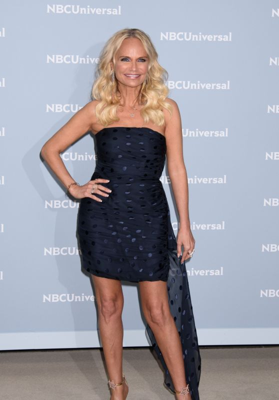 Kristin Chenoweth – 2018 NBCUniversal Upfront in NYC