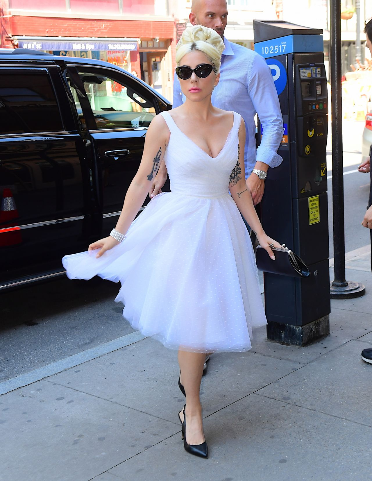 lady-gaga-in-marilyn-monroe-style-dress-new-york-city-05-24-2018-13.jpg