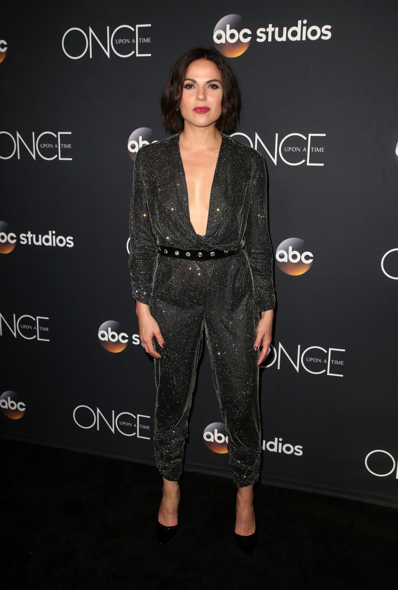 http://celebmafia.com/wp-content/uploads/2018/05/lana-parrilla-once-upon-a-time-finale-screening-in-la-05-08-2018-9.jpg