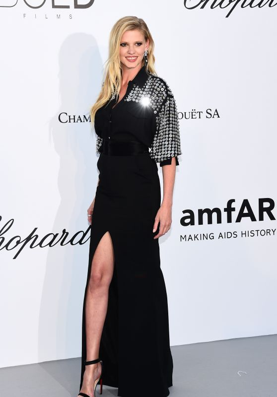 Lara Stone – amfAR's Cinema Against AIDS Gala in Cannes 05/17/2018