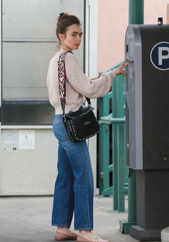Lily Collins Casual Style - Heads to the Skin Care Salon in Beverly Hills 05/30/2018