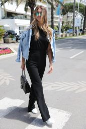 Lorena Rae on the Croisette in Cannes 05/15/2018
