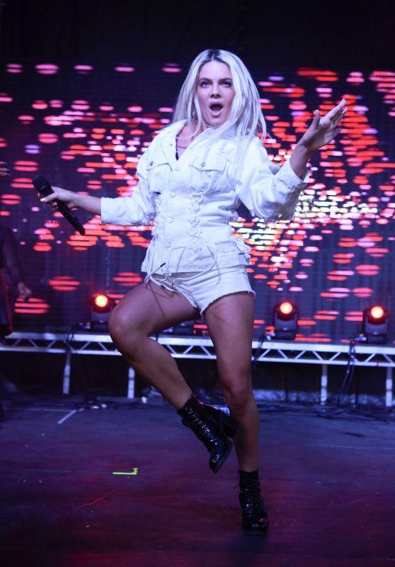 Louisa Johnson - Performing at Birmingham Pride 05/26/2018