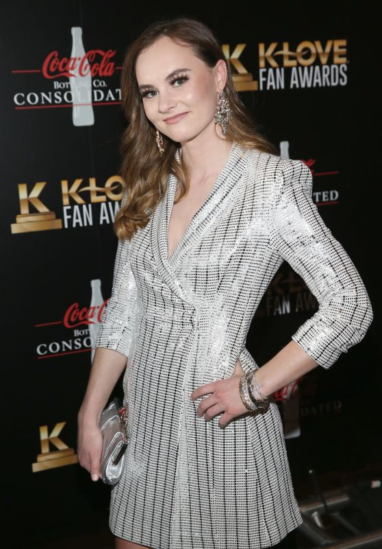 Madeline Carroll - KLOVE Fan Awards in Nashville 05/27/2018