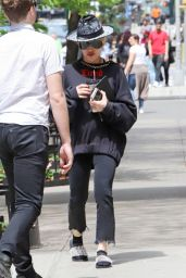 Madonna - Out in NY 05/05/2018