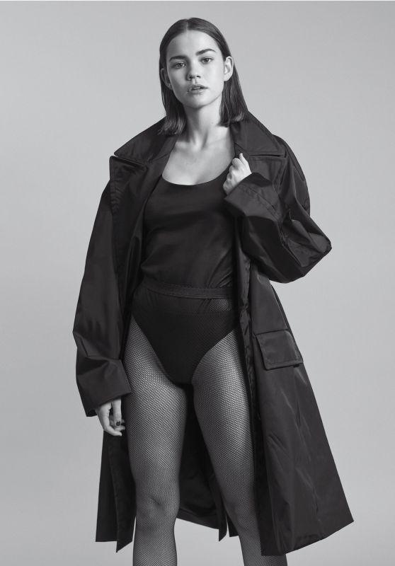 Maia Mitchell - V Magazine #113, Summer 2018 Photoshoot