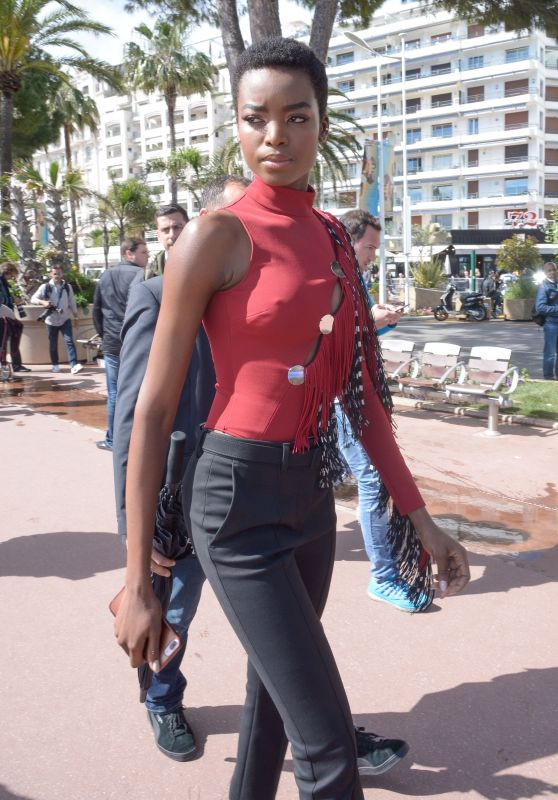 Maria Borges - Croisette in Cannes 05/14/2018