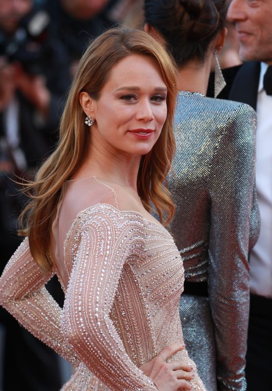 """Mariana Ximenes – """"Girls of the Sun"""" Premiere at Cannes Film Festival"""