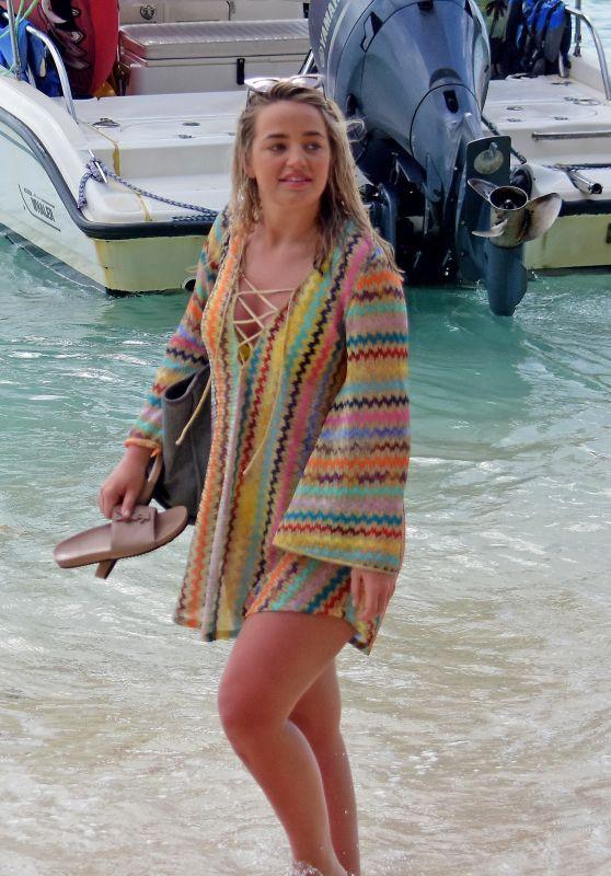 Megan Davison on the Beach in Barbados 05/19/2018