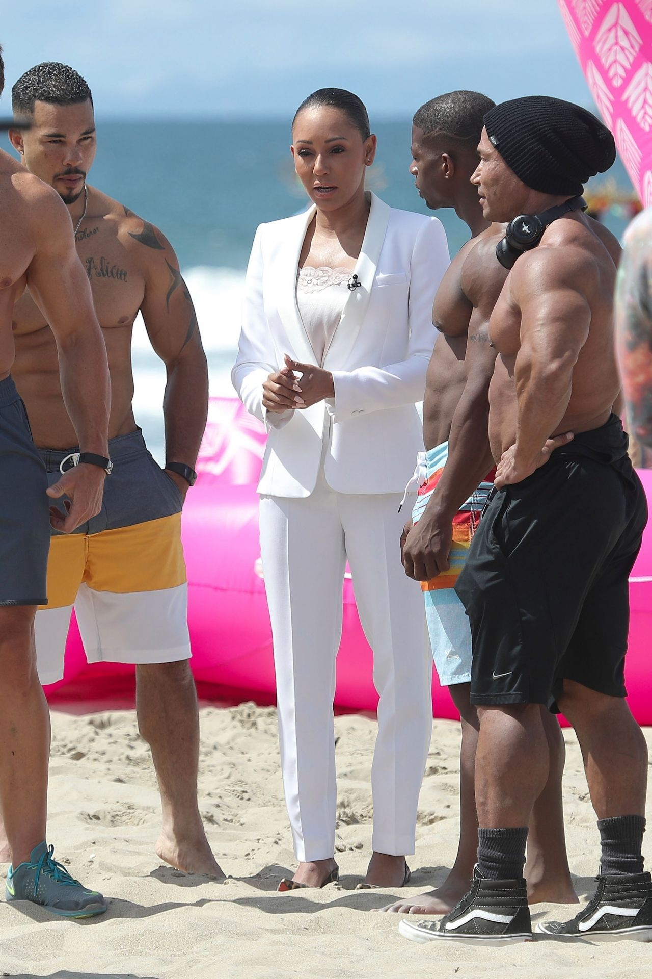 Melanie Brown Today Show Hosted By Kathie Gifford Hoda At Venice Beach In 05 25 2018