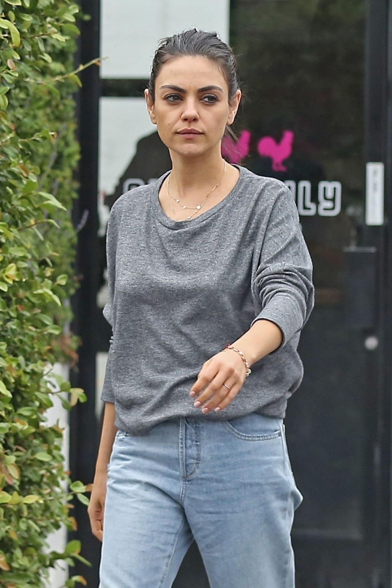 Mila Kunis Stops To Get Coffee In Burbank 05 24 2018