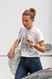 Millie Bobby Brown at a Cafe in Los Angeles 05/21/2018