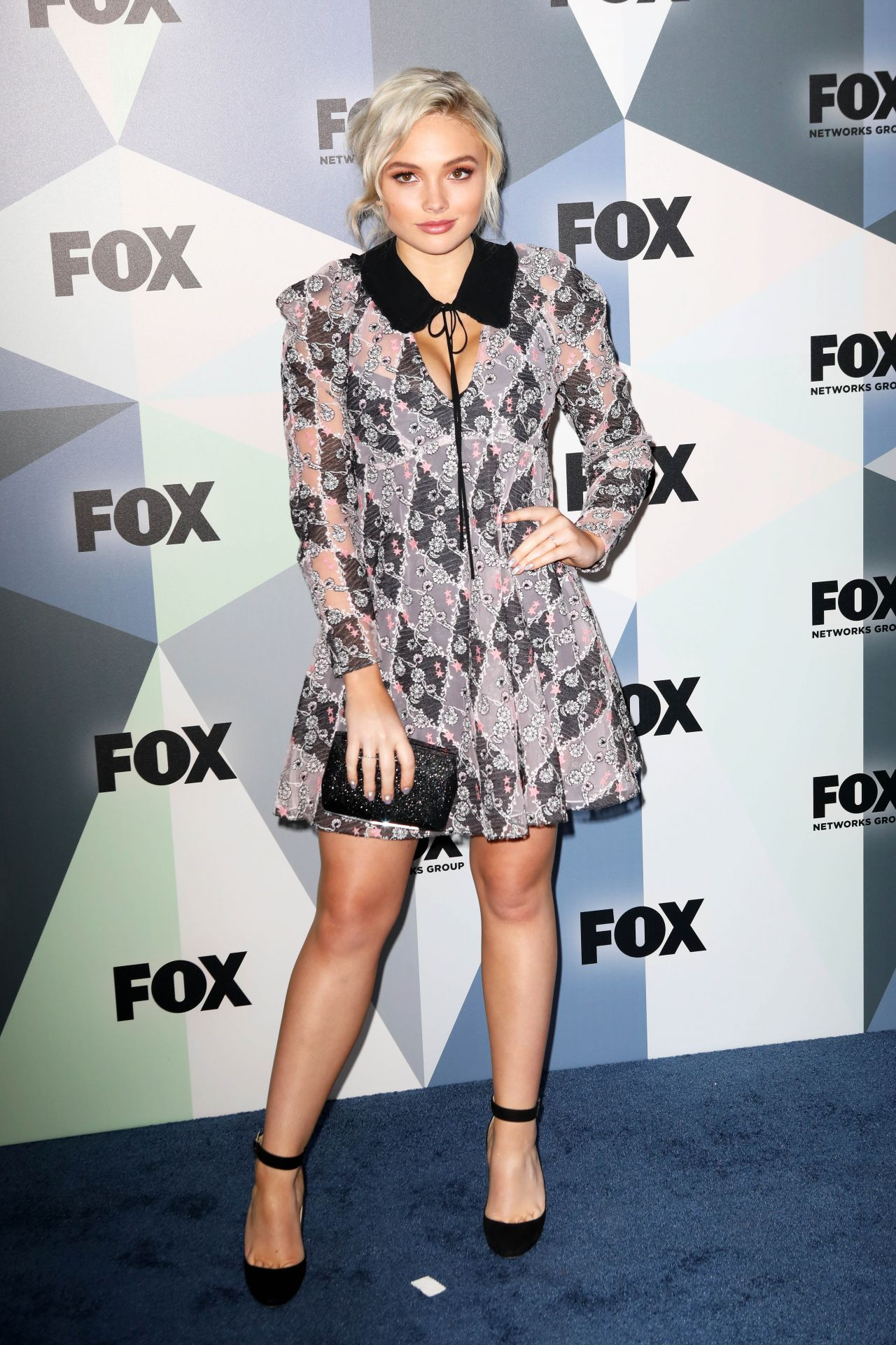 picture Natalie alyn lind fox upfront presentation in nyc