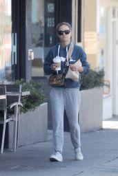 Natalie Portman Street Style - Los Angeles 05/09/2018